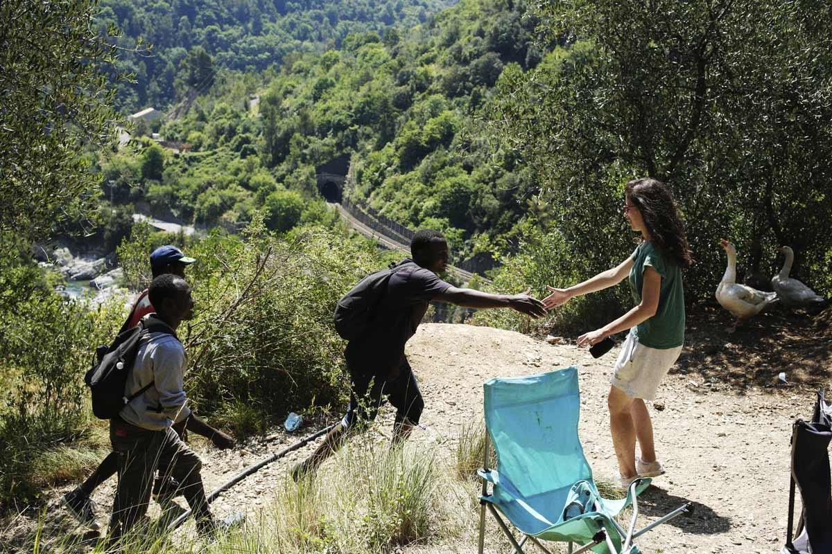 """Résultat de recherche d'images pour """"migrant berger de la vallée de la Roya"""""""