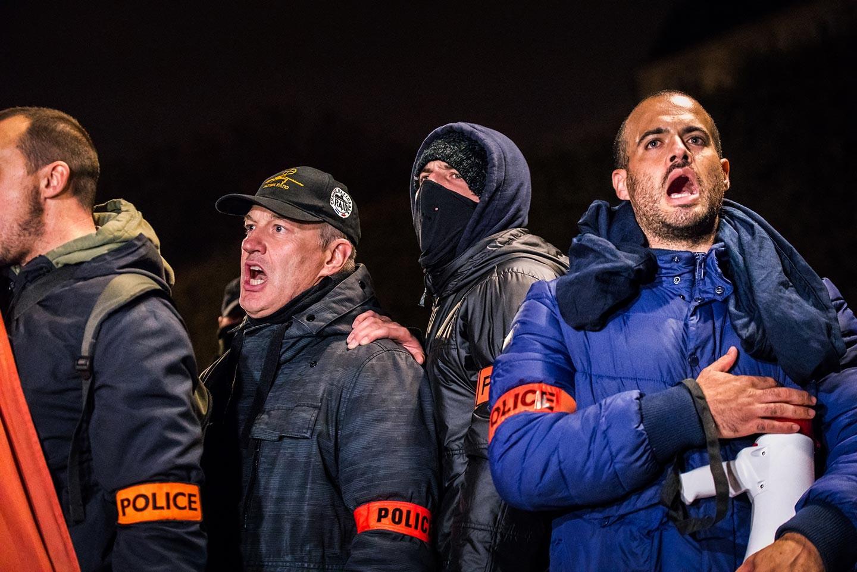 L 233 Tincelle De La Police